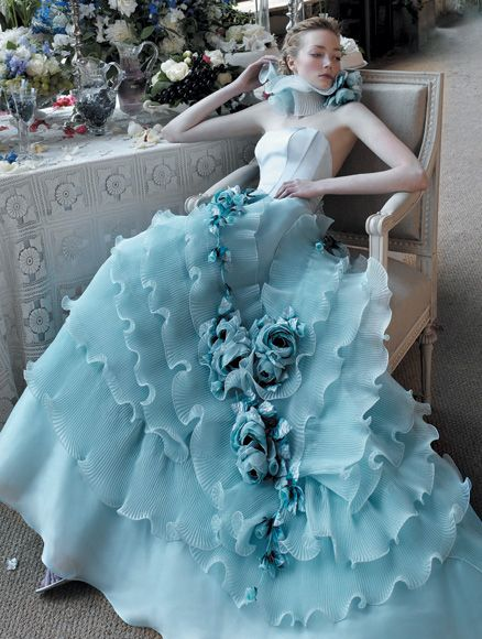 blue-wedding-dress-by-aimee-atelier